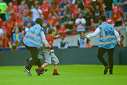 LONDON, ENGLAND - Saturday, August 6, 2016: Liverpool's xxxx in action against Barcelona during the International Champions Cup match at Wembley Stadium. (Pic by Xiaoxuan Lin/Propaganda)