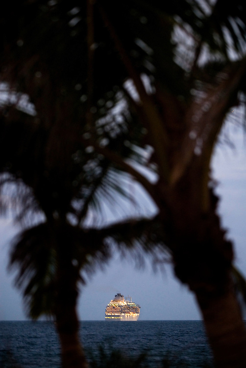 Travel story about Fort Lauderdale, Florida.A cruise ship leaves for the Carribean..Photographer: Chris Maluszynski /MOMENT