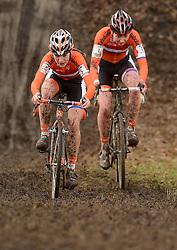 01-02-2014 WIELRENNEN: UCI CYCLO-CROSS WORLD CHAMPIONSHIPS: HOOGERHEIDE <br /> WK veldrijden in Hoogerheide / (L-R) Yara Kastelijn en Annefleur Kalvenhaar<br /> ©2014-FotoHoogendoorn.nl
