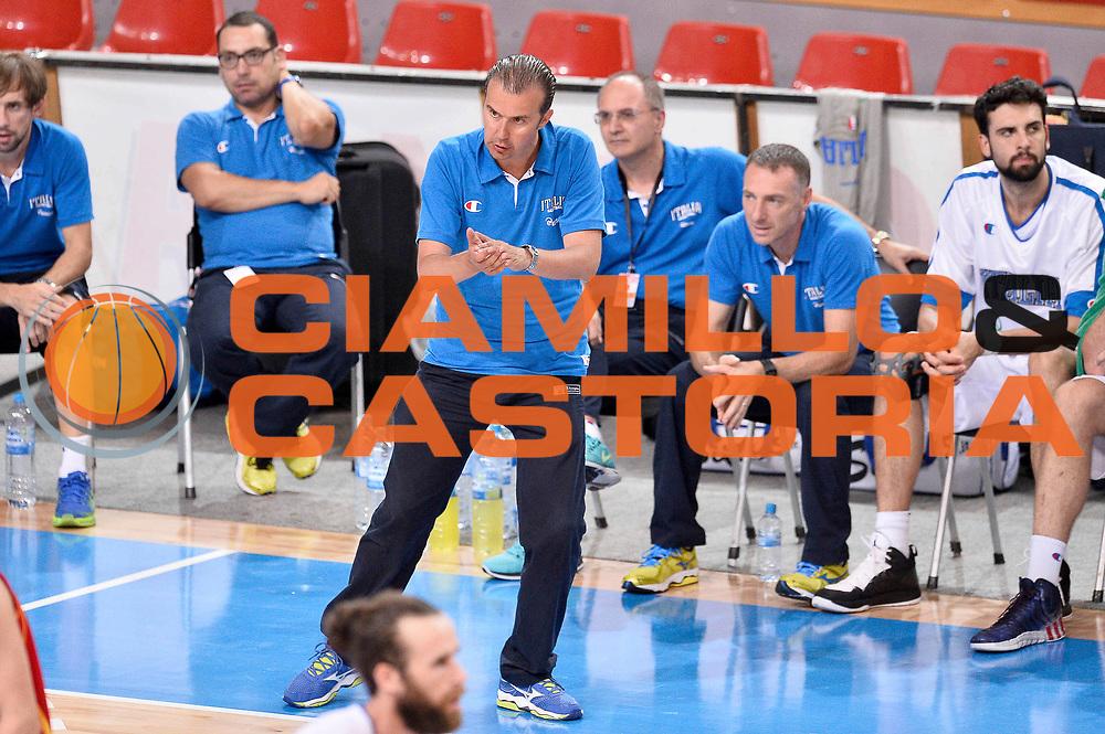 DESCRIZIONE : Skopje Nazionale Italia Uomini Torneo Internazionale di Skopje Italia Montenegro Italy Montenegro<br /> GIOCATORE : Simone Pianigiani<br /> CATEGORIA : Esultanza<br /> SQUADRA : Italia Italy<br /> EVENTO : Trofeo Internazionale di Skopje<br /> GARA : Italia Montenegro Italy Montenegro<br /> DATA : 25/07/2014<br /> SPORT : Pallacanestro<br /> AUTORE : Agenzia Ciamillo-Castoria/Max.Ceretti<br /> Galleria : FIP Nazionali 2014<br /> Fotonotizia : Skopje Nazionale Italia Uomini Torneo Internazionale di Skopje Italia Montenegro Italy Montenegro