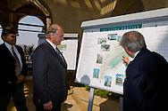 Egypt. Cairo : The prince Karim Aga Khan visit the Cairo project of  Al Azhar Park.. the Aga Khan foundation.   Cairo +