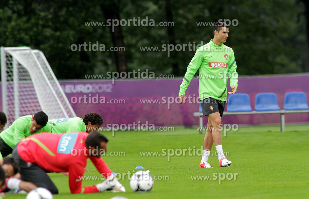 14.06.2012, Sportzentrum Remes, Opalenica, POL, UEFA EURO 2012, Portugal, Training, im Bild CRISTIANO RONALDO // during the during EURO 2012 Trainingssession of Portuguese national team, at the Sportzentrum Remes, Opalenica, Poland on 2012/06/14. EXPA Pictures © 2012, PhotoCredit: EXPA/ Newspix/ Adam Jastrzebowski..***** ATTENTION - for AUT, SLO, CRO, SRB, SUI and SWE only *****