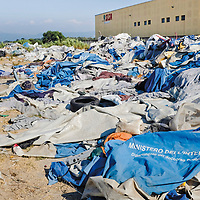 The municipality has no money for the support and maintenance of the emergency shelters. The first tent city was demolished for hygienic reasons in the summer of 2013. A new tent city was built only 200 meters away. The ragged tents of the first camp were never disposed of.