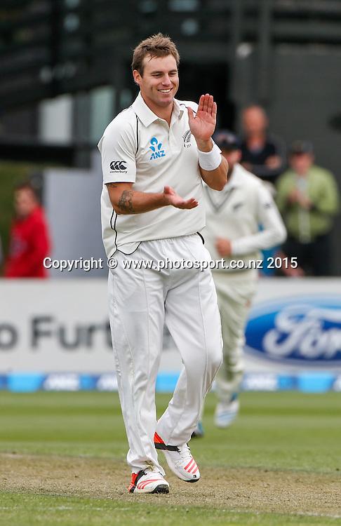 Doug Bracewell and New Zealand celebrate the wicket of Lahiru Thirimanne.  First day, second test, ANZ Cricket Test series, New Zealand Black Caps v Sri Lanka, 03 January 2015, Basin Reserve, Wellington, New Zealand. Photo: John Cowpland / www.photosport.co.nz