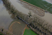 Nederland, Limburg, Gemeente Meerssen, 15-11-2010; Geulle aan de Maas, ondergelopen akkers en weilanden ten gevolge van het hoogwater van de Maas..Geulle on the Maas, flooded fields and pastures due to flooding of the Meuse..luchtfoto (toeslag), aerial photo (additional fee required).foto/photo Siebe Swar