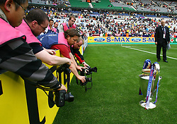 PARIS, FRANCE - WEDNESDAY, MAY 17th, 2006: The European Cup is presented on the pitch before the UEFA Champions League Final at the Stade de France. (Pic by David Rawcliffe/Propaganda)