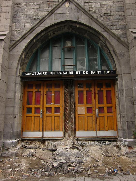 Church in transformation, rue St-Denis, Montreal.
