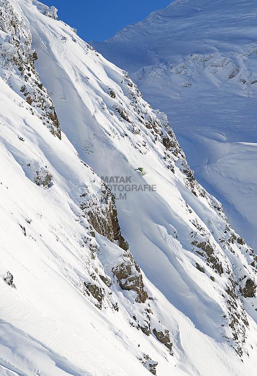 Freeride, Snowboard, Rider: IRIAN VAN HELFTEREN, Location: Sonnenkopf, Region: Wald am Arlberg, Austria