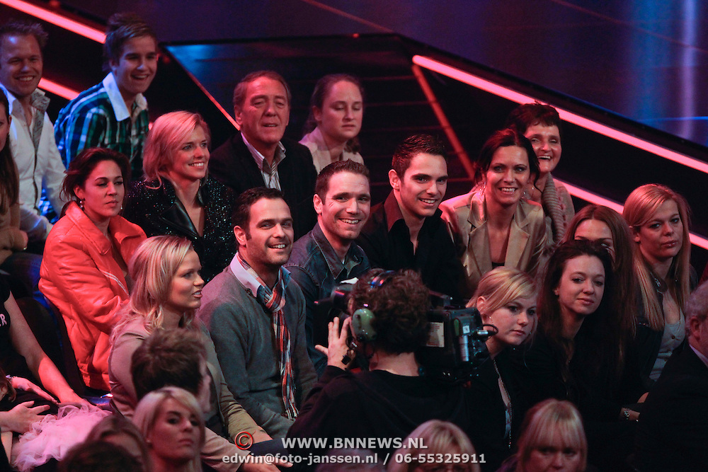 NLD/Hilversum/20111209- The Voice of Holland 2011, 2de live uitzending, Wouter Vink