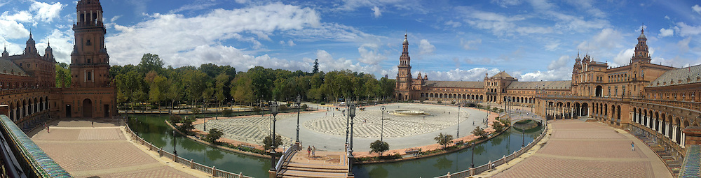 The Plaza de España in Sevilla is even more impressive than Piazza San Marco in Venice! It was built for the Ibero-American Exposition of 1929.