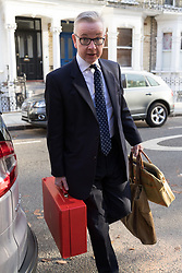 © Licensed to London News Pictures. 14/11/2018. London, UK.  Michael Gove, Secretary of State for Environment, Food and Rural Affairs  leaving his West London home this morning.  Michael Gove will attend a UK government cabinet meeting later today where Prime Minister, Theresa May will ask the cabinet to consider the proposed final Brexit deal agreement.  Photo credit: Vickie Flores/LNP