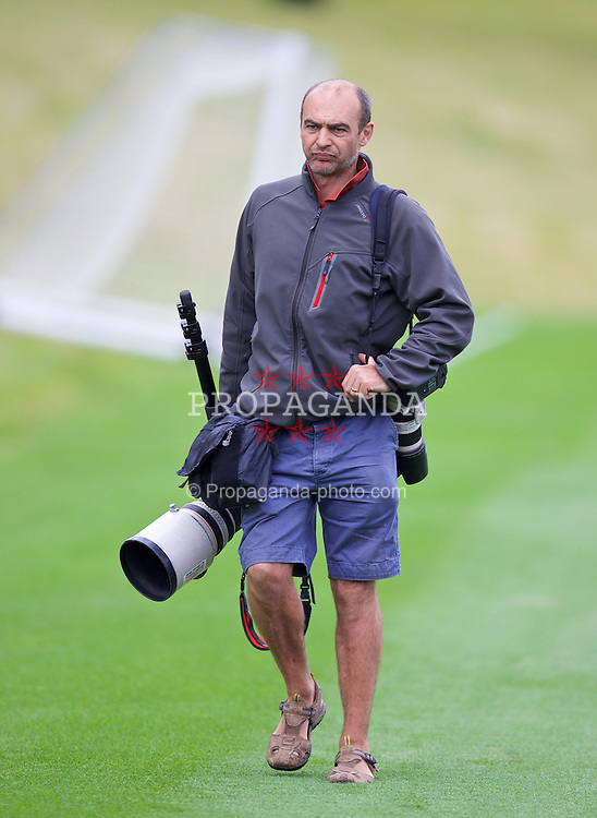 CARDIFF, WALES - Monday, June 8, 2015: PA/Empics photographer Nick Potts during a training session at the Vale of Glamorgan ahead of the UEFA Euro 2016 Qualifying Round Group B match against Belgium. (Pic by David Rawcliffe/Propaganda)