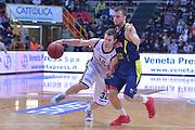 DESCRIZIONE : Verona Campionato Lega A2 2012-2013 Tezenis Verona Sigma Barcellona <br /> GIOCATORE : mickey mcconnell<br /> CATEGORIA :  palleggio fallo<br /> SQUADRA : Tezenis Verona Sigma Barcellona <br /> EVENTO : Campionato Lega A2 2012-2013<br /> GARA : Tezenis Verona Sigma Barcellona<br /> DATA : 27/10/2012<br /> SPORT : Pallacanestro <br /> AUTORE : Agenzia Ciamillo-Castoria/M.Gregolin<br /> Galleria : Lega Basket A2 2012-2013 <br /> Fotonotizia : Verona Campionato Lega A2 2012-2013 Tezenis Verona Sigma Barcellona<br /> Predefinita :