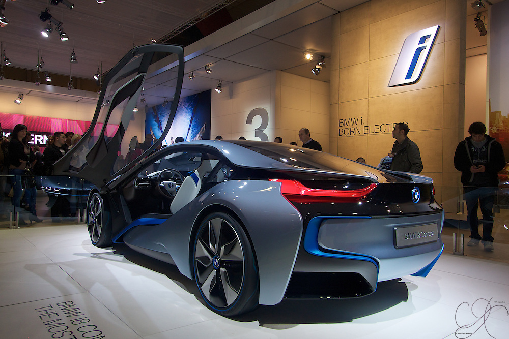 """The BMW i8 Concept - all electric makes it's apperance on the Car show circuit. Good looking car with futurustic """"only in the movies"""" looks. If i have to go green, then this would be the way to do it with unmatched style!"""