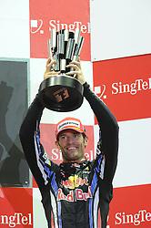 26.09.2010, Marina Bay Street Circuit, Singapur, SIN, Formula One Championship, Grand Prix Singapur, im Bild Mark Webber (AUS), Red Bull Racing, EXPA Pictures © 2010, PhotoCredit: EXPA/ InsideFoto/ Hasan BRATIC *** ATTENTION *** FOR AUSTRIA AND SLOVENIA USE ONLY!