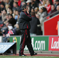 Photo: Lee Earle.<br /> Southampton v Ipswich Town. Coca Cola Championship. 21/01/2006. Southampton head coach George Burley.