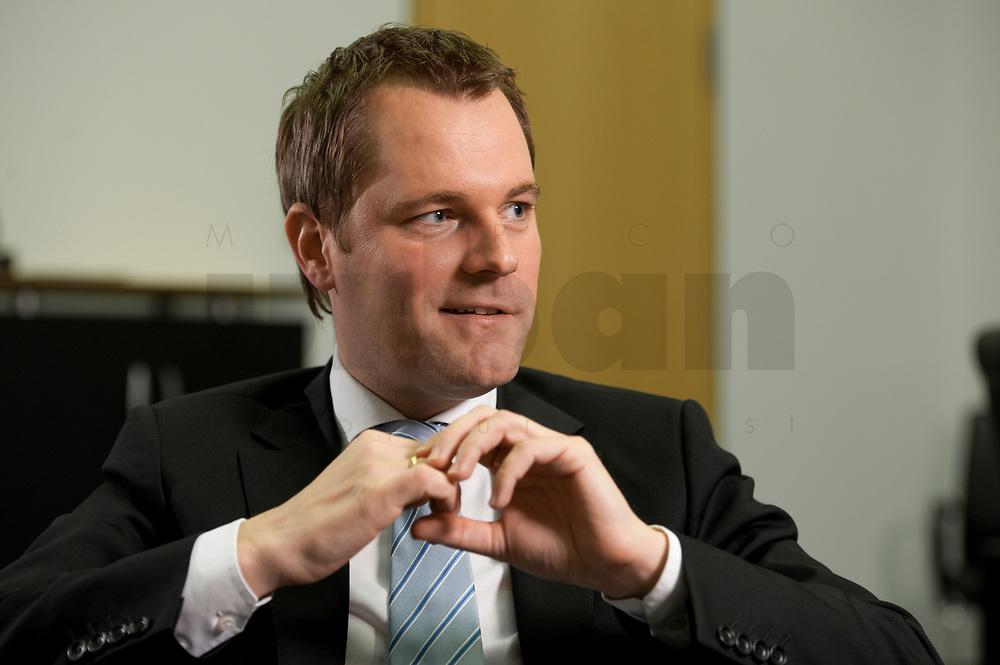 09 FEB 2012, BERLIN/GERMANY:<br /> Daniel Bahr, FDP, Bundesgesundheitsminister, waehrend einem Interview, in seinem Buero, Bundesministerium fuer Gesundheit<br /> IMAGE: 20120209-02-030<br /> KEYWORDS: Büro
