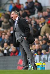 West Ham Manager, Sam Allardyce - Photo mandatory by-line: Mitchell Gunn/JMP - Mobile: 07966 386802 - 22/02/2015 - SPORT - football - London - White Hart Lane - Tottenham Hotspur v West Ham United - Barclays Premier League