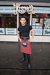 Abdul Ali from Kismot.. Robert Burns lookalike Chris Tait samples controversial.restaurant Kismot's new Burn's Day haggis curry..Pic © Michael Schofield...