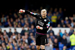Kasper Schmeichel of Leicester City celebrates the equalising goal to make it 1-1 - Mandatory by-line: Matt McNulty/JMP - 09/04/2017 - FOOTBALL - Goodison Park - Liverpool, England - Everton v Leicester City - Premier League
