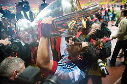 MOSCOW, RUSSIA - Wednesday, May 21, 2008: Manchester United's Carlos Tevez celebrates with the European Cup after beating Chelsea on sudden death penalties to win the UEFA Champions League Final at the Luzhniki Stadium. (Photo by David Rawcliffe/Propaganda)