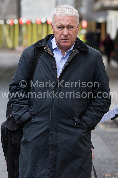 London, UK. 16 November, 2019. Ian Lavery, Chair of the Labour Party, arrives at Labour's Clause V meeting. Credit: Mark Kerrison/Alamy Live News