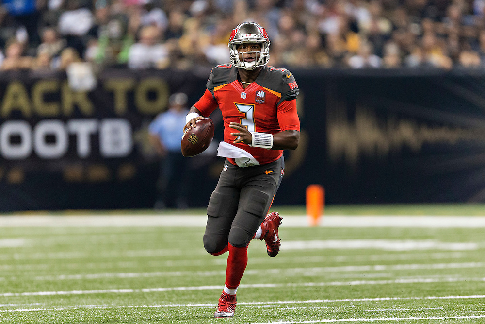 NEW ORLEANS, LA - SEPTEMBER 20:  Jameis Winston #3 of the Tampa Bay Buccaneers rolls out looking for a receiver during a game against the New Orleans Saints at Mercedes-Benz Superdome on September 20, 2015 in New Orleans Louisiana.  The Buccaneers defeated the Saints 26-19.  (Photo by Wesley Hitt/Getty Images) *** Local Caption *** Jameis Winston