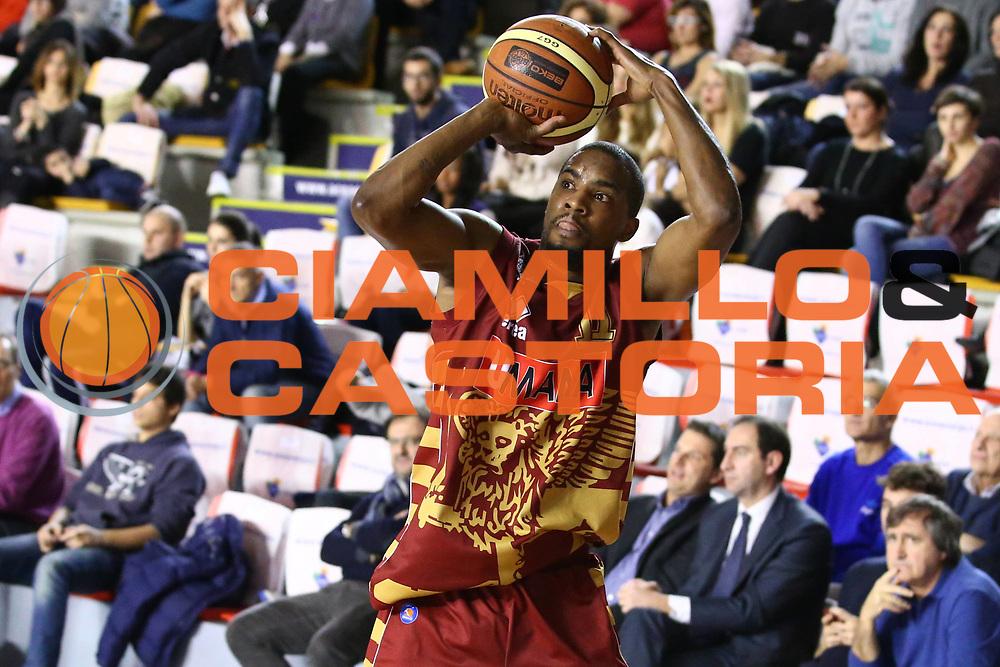 DESCRIZIONE : Roma Campionato Lega A 2013-14 Acea Virtus Roma Umana Reyer Venezia<br /> GIOCATORE : Donnell Taylor<br /> CATEGORIA : three points<br /> SQUADRA : Umana Reyer Venezia<br /> EVENTO : Campionato Lega A 2013-2014<br /> GARA : Acea Virtus Roma Umana Reyer Venezia<br /> DATA : 05/01/2014<br /> SPORT : Pallacanestro<br /> AUTORE : Agenzia Ciamillo-Castoria/M.Simoni<br /> Galleria : Lega Basket A 2013-2014<br /> Fotonotizia : Roma Campionato Lega A 2013-14 Acea Virtus Roma Umana Reyer Venezia<br /> Predefinita :