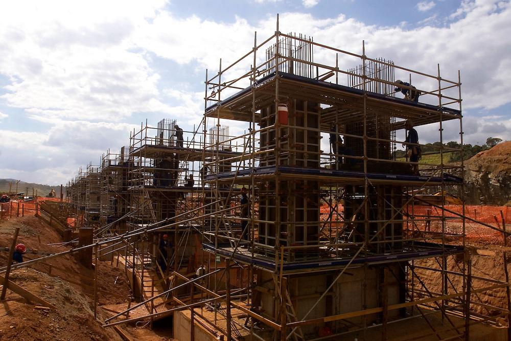 Jeacaba_MG, Brasil...Operarios em um canteiro de obras...Workers in the construction...Foto: VICTOR SCHWANER / NITRO