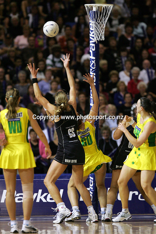 Irene van Dyk in action during the netball test match between New Zealand and Australia at Waitakere Stadium, Auckland, New Zealand on Saturday 29 October, 2005. New Zealand won the match 61-36. Photo: Andrew Cornaga/PHOTOSPORT<br />