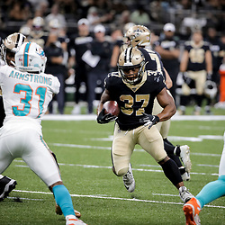 Aug 29, 2019; New Orleans, LA, USA; New Orleans Saints running back Jacquizz Rogers (37) runs against the Miami Dolphins during the second half of a preseason game at the Mercedes-Benz Superdome. Mandatory Credit: Derick E. Hingle-USA TODAY Sports