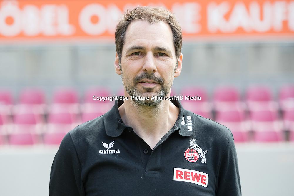 German Bundesliga - Season 2016/17 - Photocall 1. FC Koeln on 18 July 2016 in Cologne, Germany: Team-doctor Paul Klein. Photo: Maja Hitij/dpa | usage worldwide