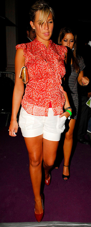 06.JUNE.2007. LONDON<br /> <br /> DANIELLE LLOYD LEAVING MOVIDA NIGHT CLUB IN MAYFAIR, LONDON, UK. <br /> <br /> BYLINE: EDBIMAGEARCHIVE.CO.UK<br /> <br /> *THIS IMAGE IS STRICTLY FOR UK NEWSPAPERS AND MAGAZINES ONLY*<br /> *FOR WORLD WIDE SALES AND WEB USE PLEASE CONTACT EDBIMAGEARCHIVE - 0208 954 5968*