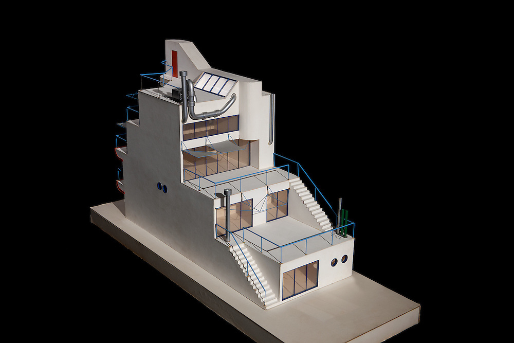 Architectural Models by Eric Owen Moss Architect / Photographed by Tom Bonner job ID 5848