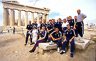 06.10.2000, Athens, Greece. .Maajoukkue Akropolis-kukkulalla. .Finland national team at the Acropolis..Seisomassa vasemmalta: Sami Hyypi?, Aki Riihilahti, Jari-Pekka Keurulainen, Janne Salli, Mika Nurme, Timo Walden, Harri Yl?nen, Hannu Tihinen, Shefki Kuqi, Antti Niemi, Markki Palmroos, Jonatan Johansson, Simo Valakari, Ari Tiittanen, Mika Kottila, Mikael Forssell, Hannu Kanerva & Antti Muurinen..Edess? Petri Helin, Jari Litmanen ja Joonas Kolkka..©JUHA TAMMINEN