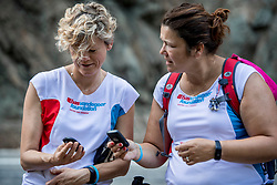 15-06-2017 NED: We hike to change diabetes day 6, Herrerias de Valcarce<br /> De zesde dag van Villafranca del Bierzo naar Herrerias de Valcarce. Een tocht van 26 km door heuvelachtig landschap en prachtige wijngaarden. Mahtilde, Marleen