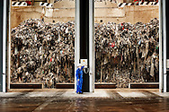 Acerra, Italia - 27 settembre 2010. Un operaio al lavoro all'interno del termovalorizzatore di Acerra.Ph. Roberto Salomone Ag. ControluceITALY - A view of a worker of the differential refusal plant of Acerra on September 27, 2010.