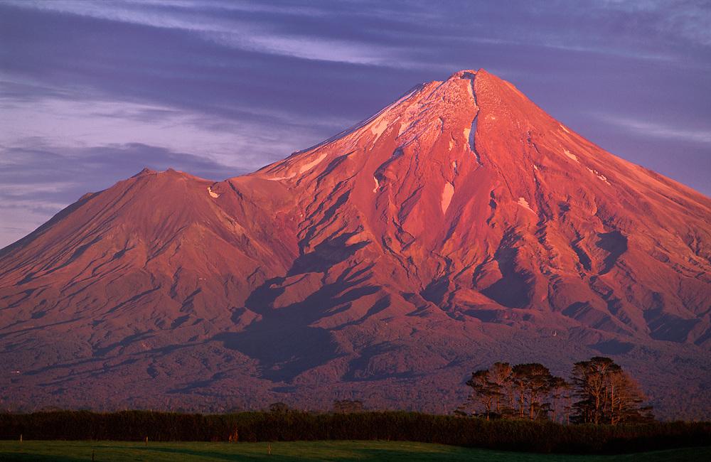 New Zealand, North Island, Egmont, Mount Tartanaki, National Park, volcano, peak,