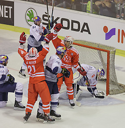 23.08.2015, Stadthalle, Klagenfurt, AUT, CHL, EC KAC vs EHC Red Bull München, im Bild Florian Kettemer (EHC RedBull München #69), Manuel Geier (KAC #21), Maximilian Kastner (EHC RedBull München #93), Mark Popovic (KAC #4), Danny aus den Birken (EHC RedBull München 33)// during the European Hockey League match betweeen EC KAC and EHC Red Bull München at the City Hall in Klagenfurt, Austria on 2015/08/23. EXPA Pictures © 2015, PhotoCredit: EXPA/ Gert Steinthaler