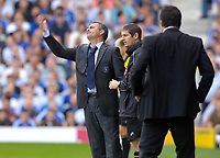 Photo: Daniel Hambury.<br />Fulham v Chelsea. The Barclays Premiership. 23/09/2006.<br />Chelsea's manager Jose Mourinho disputes a call.