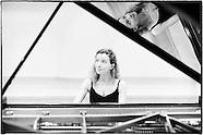 Anna Kavalerova - Pianist