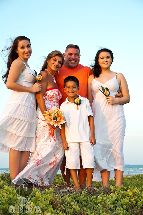 Small family wedding photography in Port Aransas, Texas. Photography By Tim Burdick