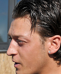 02.08.2010, Thermenstadion, Bad Waltersdorf, AUT, Trainingslager Werder Bremen 1. FBL 2010 - Day05 im Bild Mesut Özil / Oezil ( Werder #11 ) im Visier der Medien      EXPA Pictures © 2010, PhotoCredit: EXPA/ nph/  Kokenge+++++ ATTENTION - OUT OF GER +++++ / SPORTIDA PHOTO AGENCY