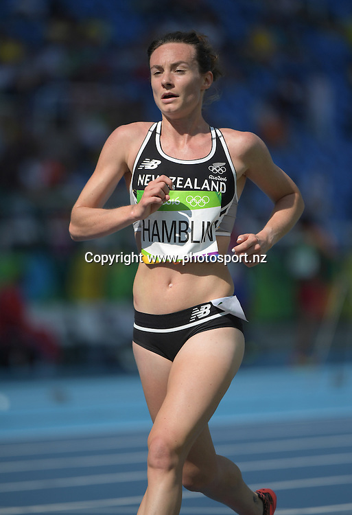 New Zealand's Nikki Hamblin competes during the Women's 5000m at the 2016 Rio Olympics on Tuesday the 16th of August 2016. © Copyright Photo: www.Photosport.nz