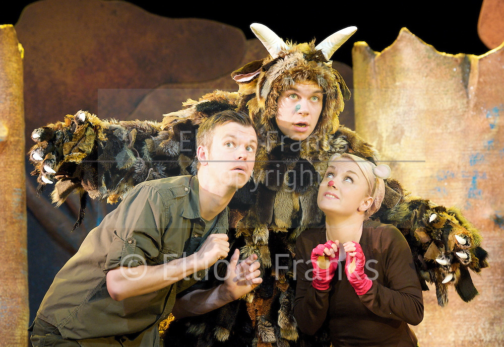 The Gruffalo<br /> at The Lyric Theatre, London, Great Britain <br /> press photocall<br /> 25th November 2011 <br /> <br /> Josie Cerise (as Mouse)<br /> Owen Guerin (as The Gruffalo)<br /> Timothy Richey (as Predators/narrator)<br /> <br /> Photograph by Elliott Franks