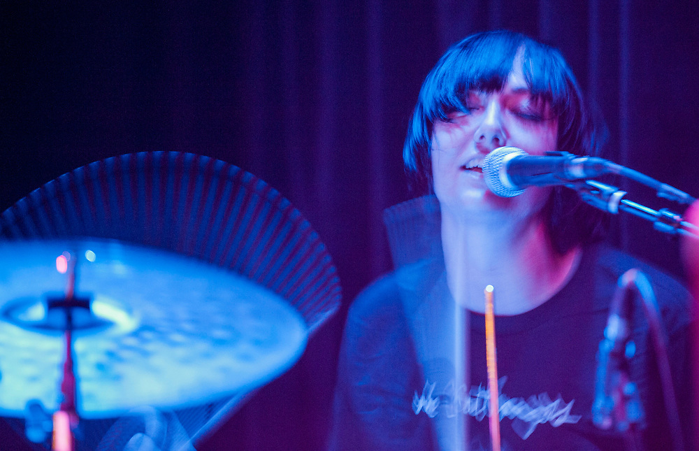 The-Coathangers-constellation-room-miguel-vasconcellos.04.JPG ...