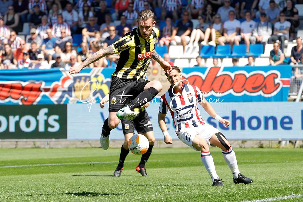 *Maikel van der Werff* of Vitesse