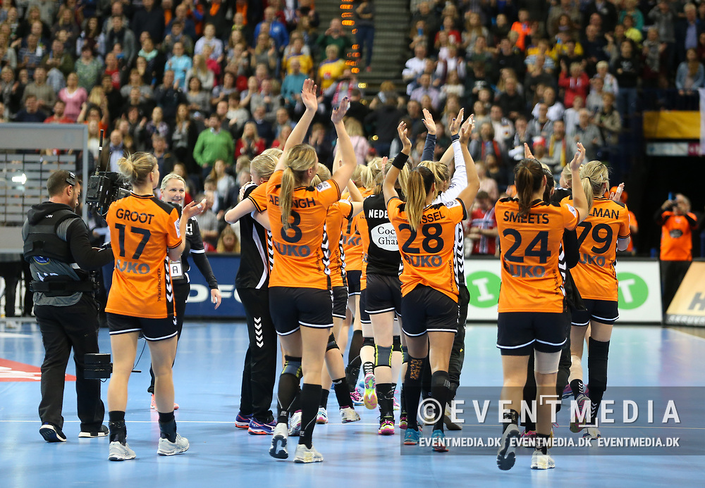 Bronze medal match between Sweden and Netherlands at the 2017 IHF Women's World Championship in Barclaycard Arena, Hamburg, Germany, 17.12.2017. Photo Credit: Allan Jensen/EVENTMEDIA.