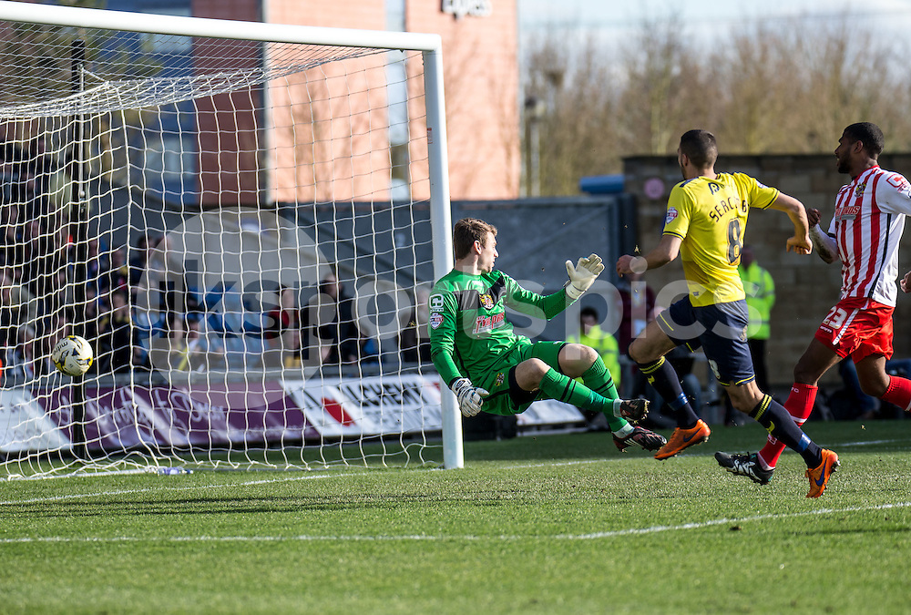 Liam Sercombe of Oxford United scores to give Oxford the lead during the Sky Bet League 2 match between Oxford United and Stevenage at the Kassam Stadium, Oxford, England on the 25th March 2016. Photo by Liam McAvoy.