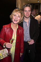 Singer LULU and her son JORDAN FRIEDA, at a party in London on 1st November 2000.OIP 10